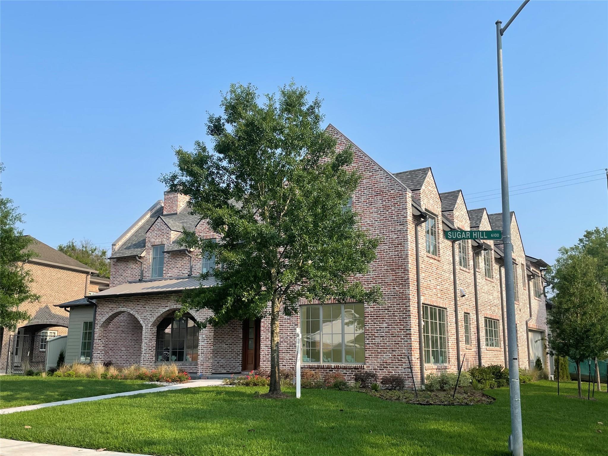 6151 Sugar Hill Drive Property Photo - Houston, TX real estate listing