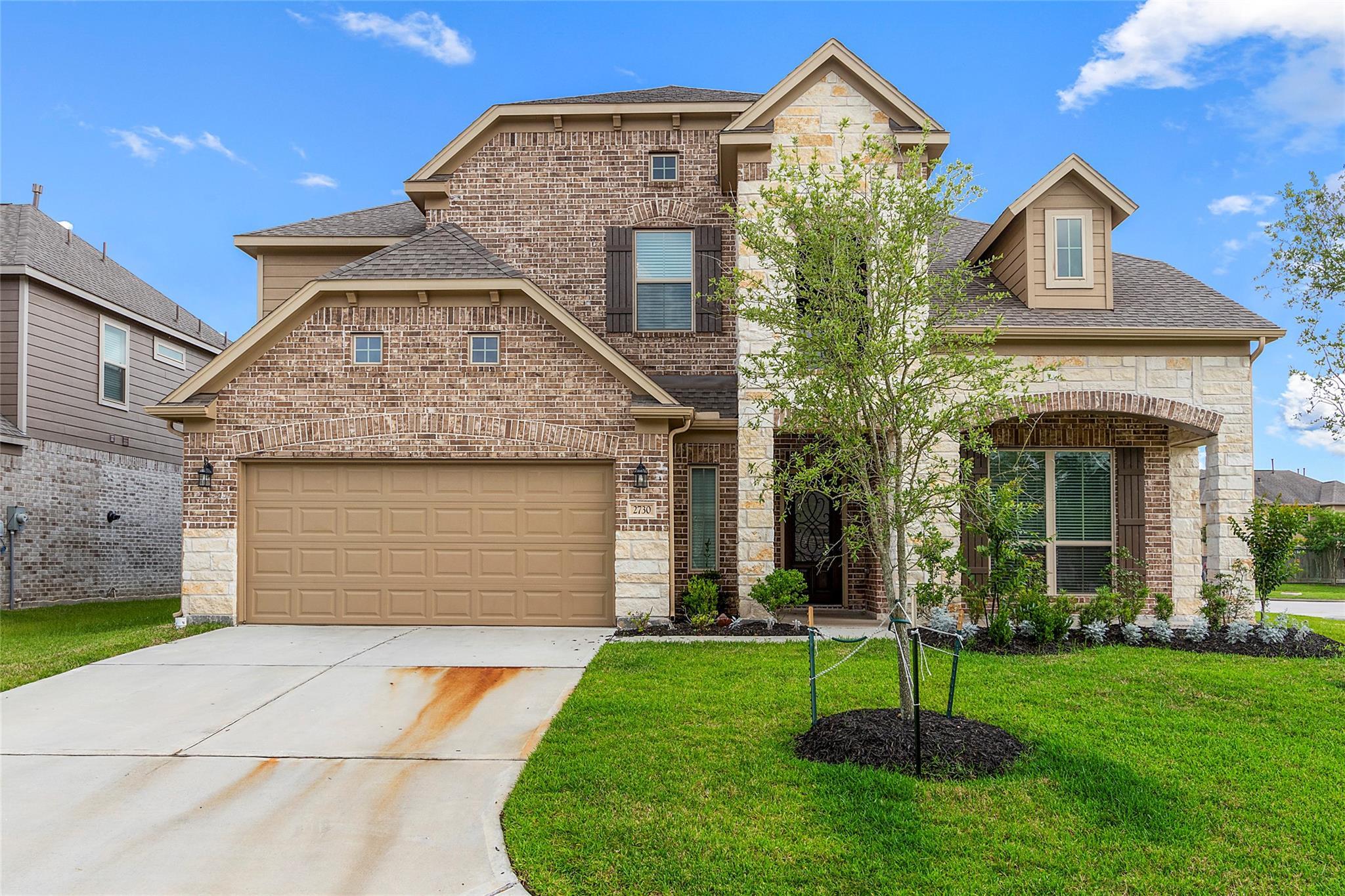 2730 Sumner Creek Drive Property Photo