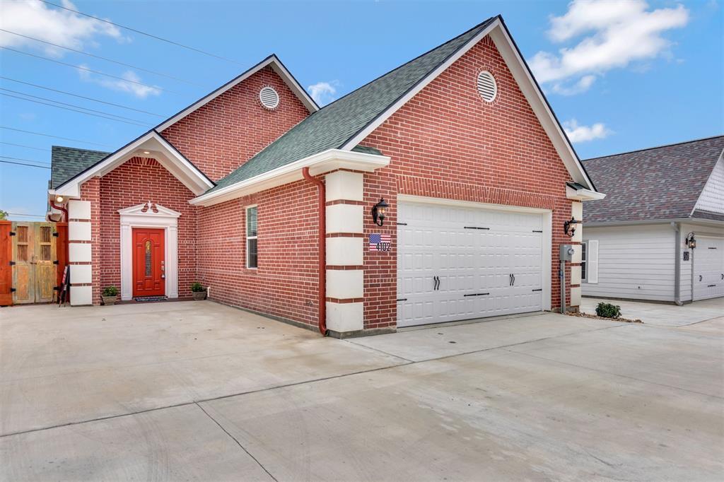 4102 S Texas Avenue Property Photo - Bryan, TX real estate listing