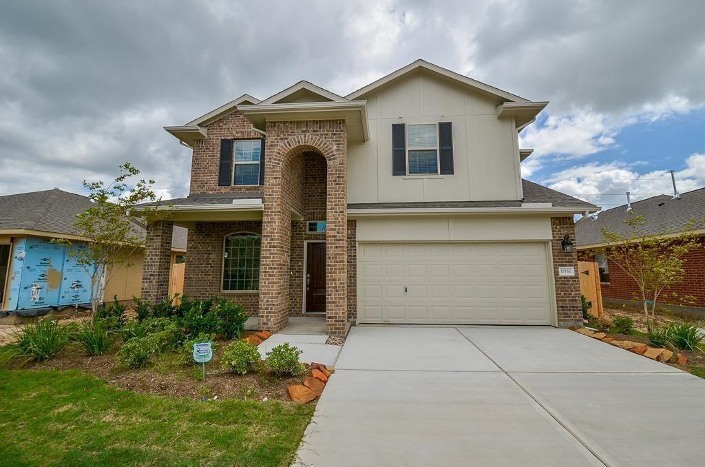 17935 Alora Springs Trace Property Photo - Cypress, TX real estate listing