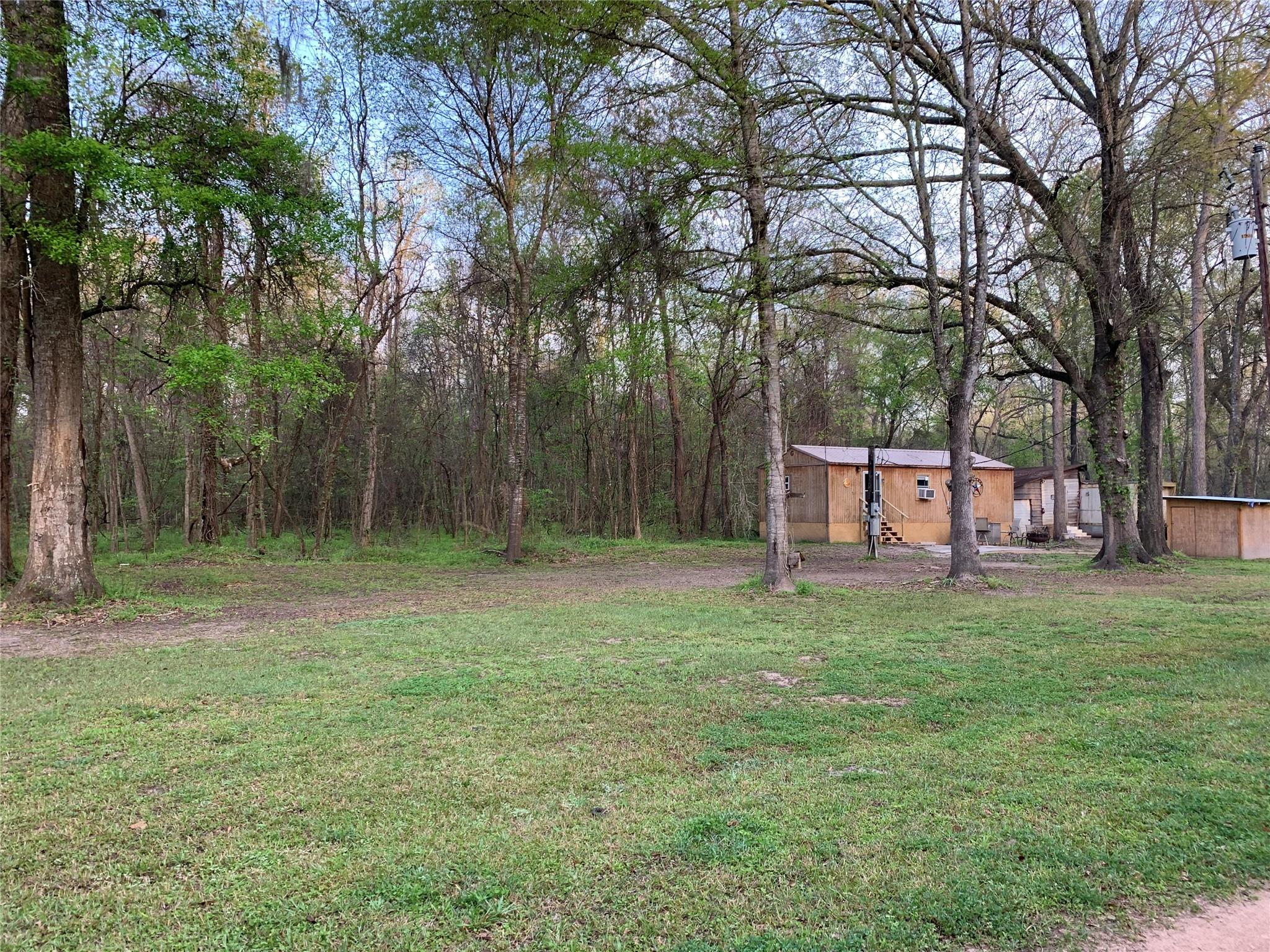 25 County Road 2514 Property Photo - Hardin, TX real estate listing
