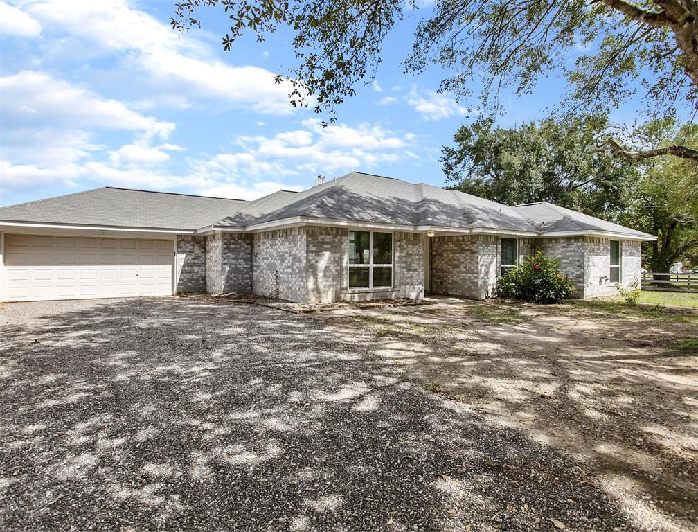 32911 Grove Park Drive, Waller, TX 77484 - Waller, TX real estate listing