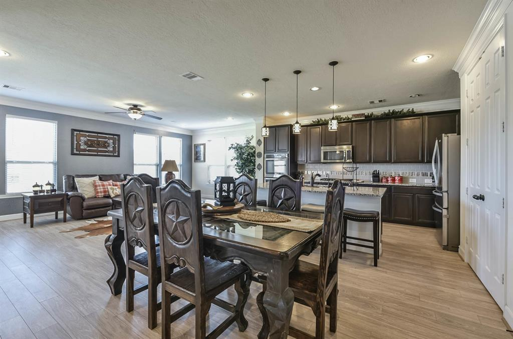 10111 Cimarron Canyon Lane, Magnolia, TX 77354 - Magnolia, TX real estate listing
