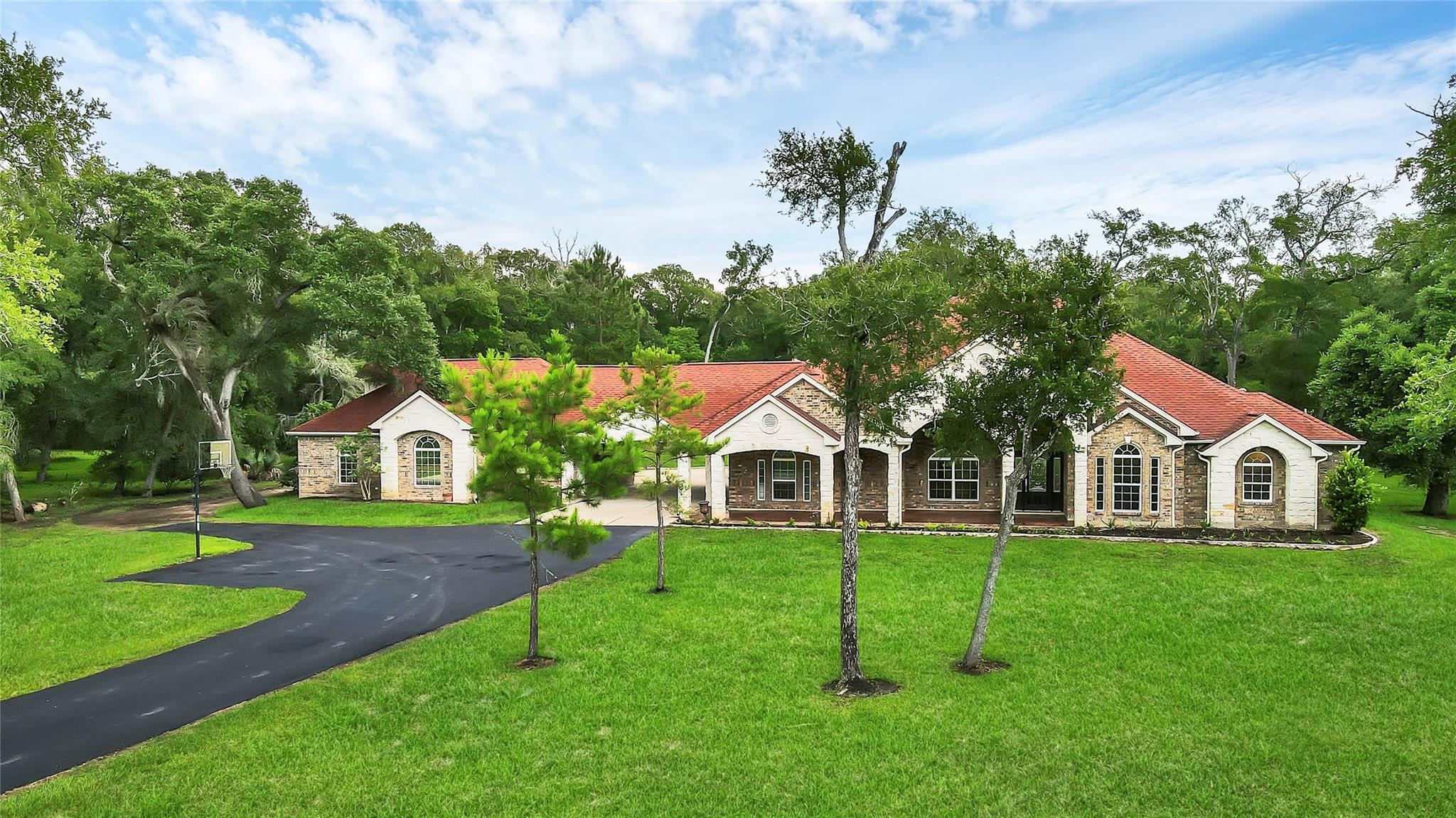 13403 Oakwood Drive Property Photo