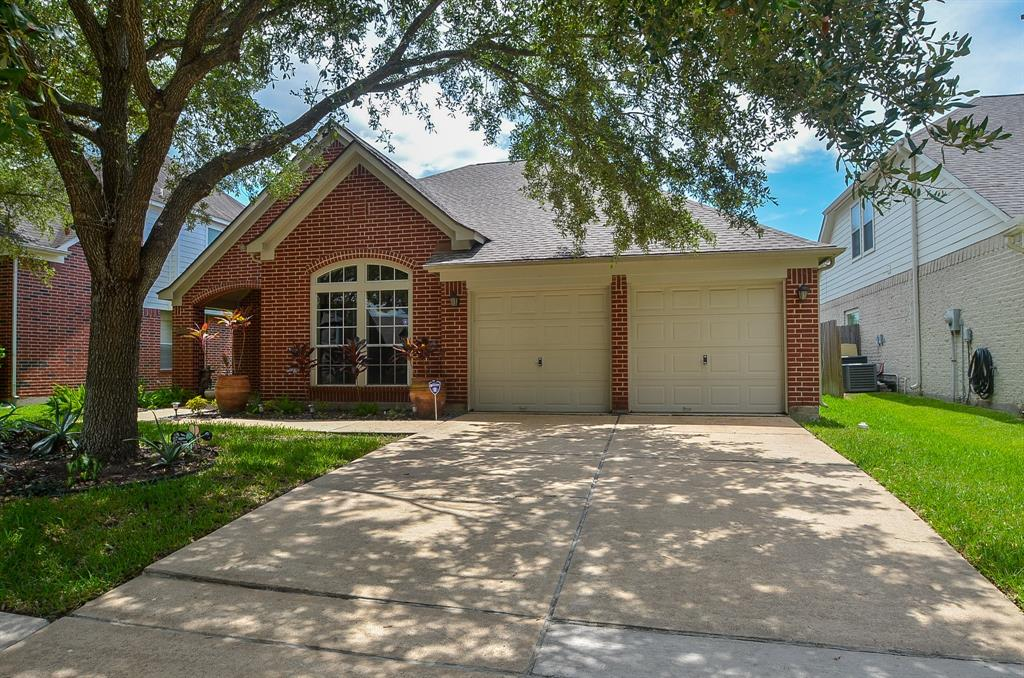 12433 Shady Downs Drive Property Photo - Houston, TX real estate listing