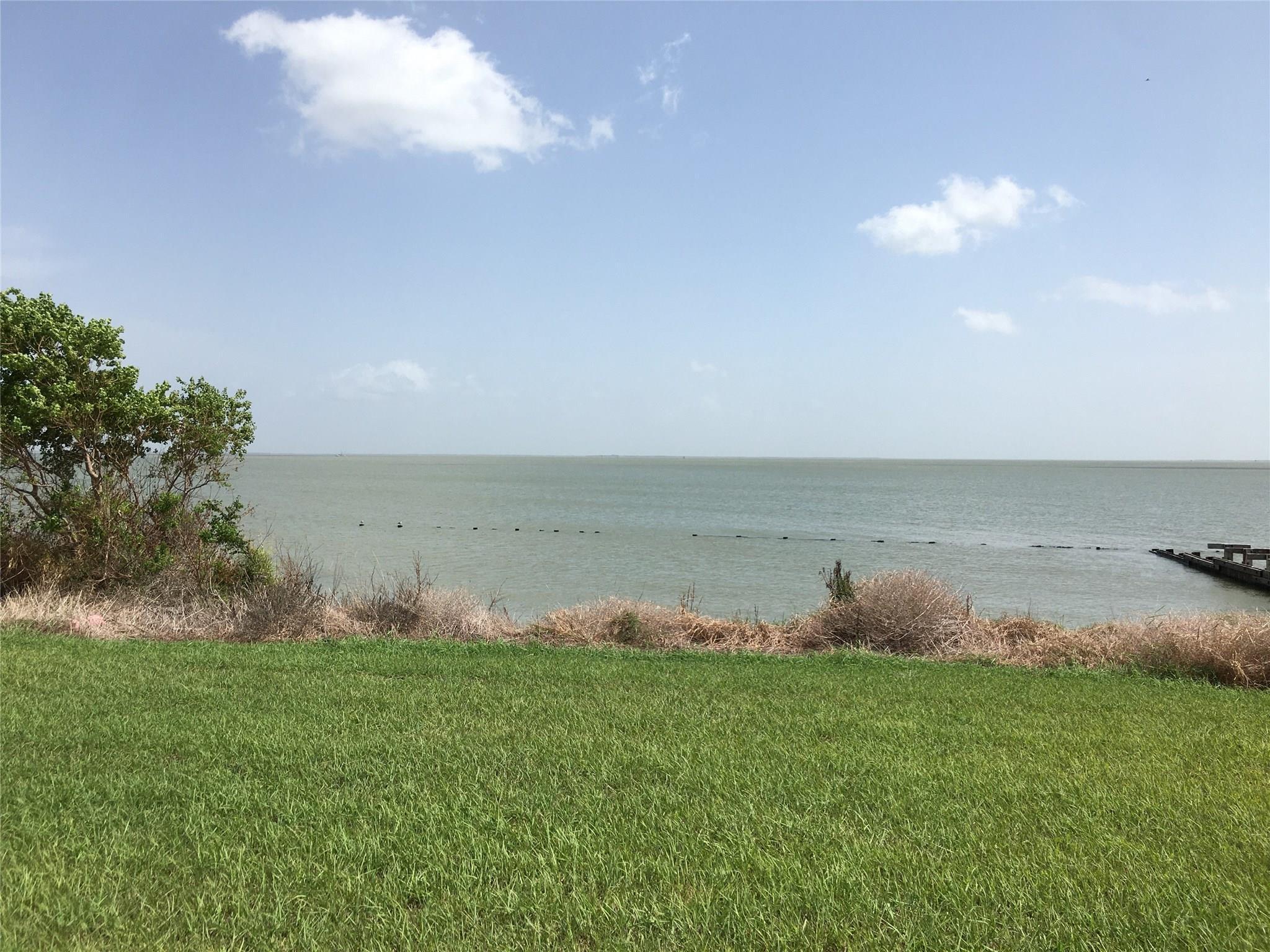 000 Alamo Beach Avenue Property Photo - Port Lavaca, TX real estate listing