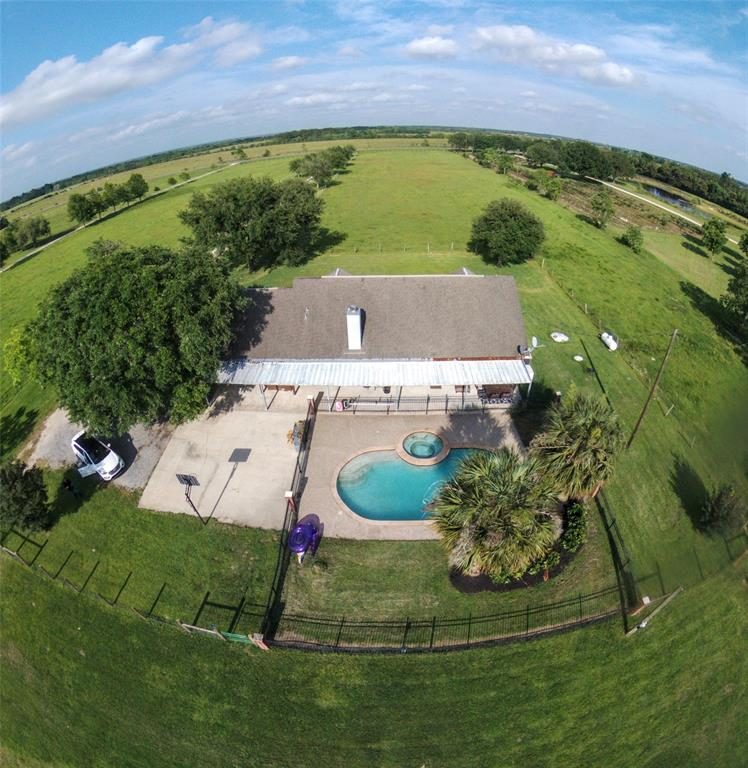 3249 Fm 1406 Road Property Photo - Winnie, TX real estate listing