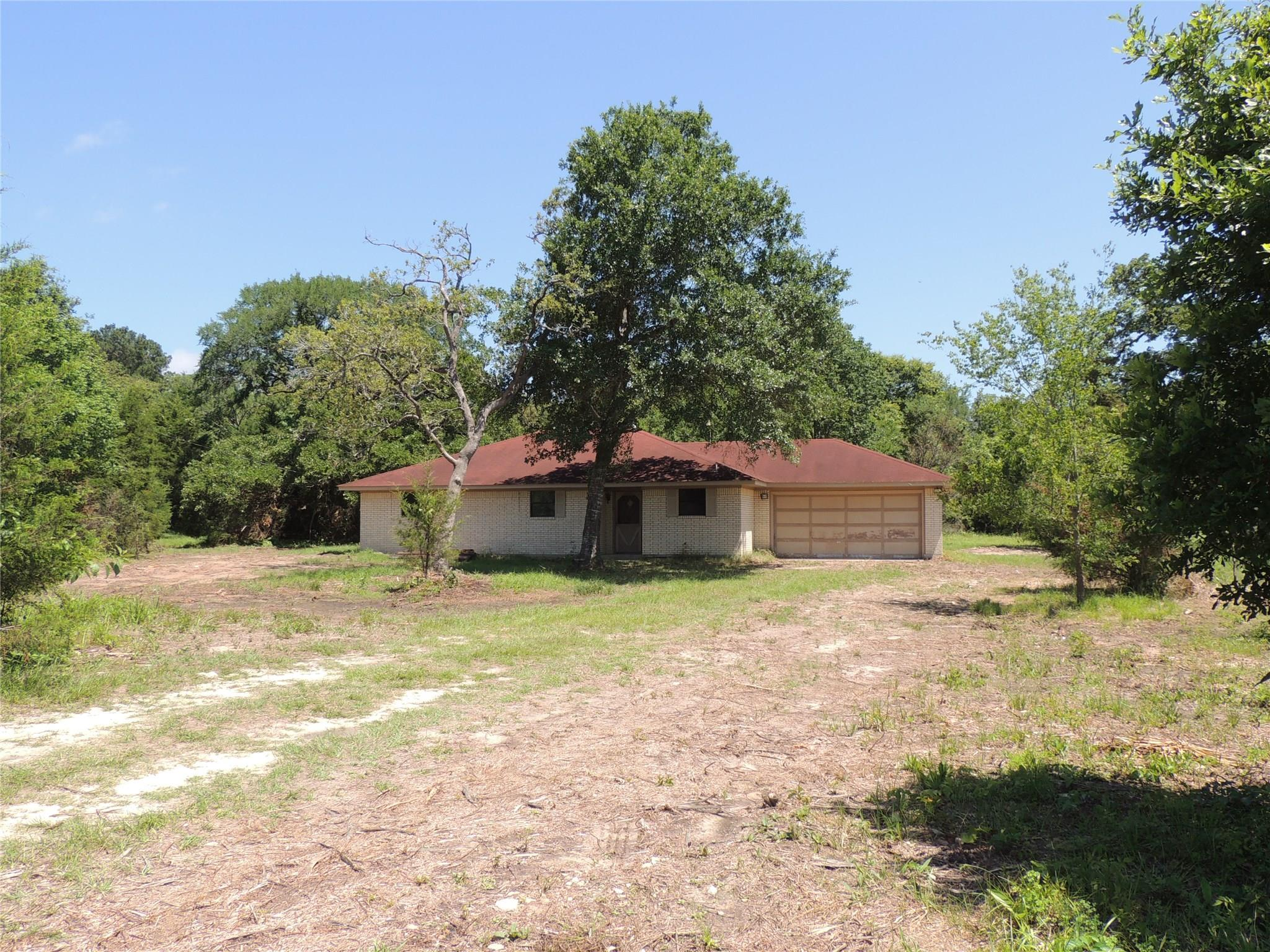 2767 County Road 144 Property Photo