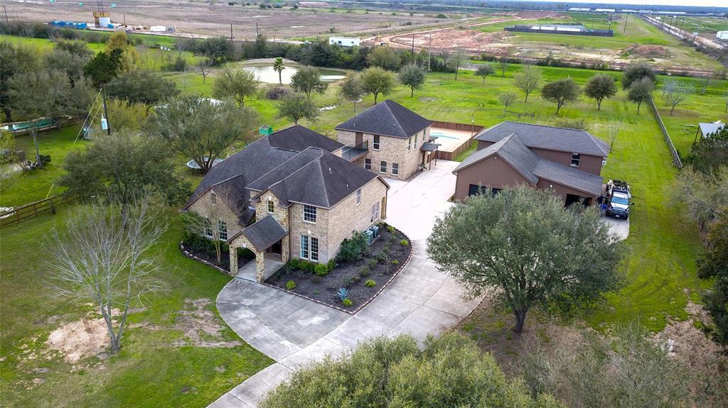 10411 Hidden Lake Lane Property Photo - Richmond, TX real estate listing