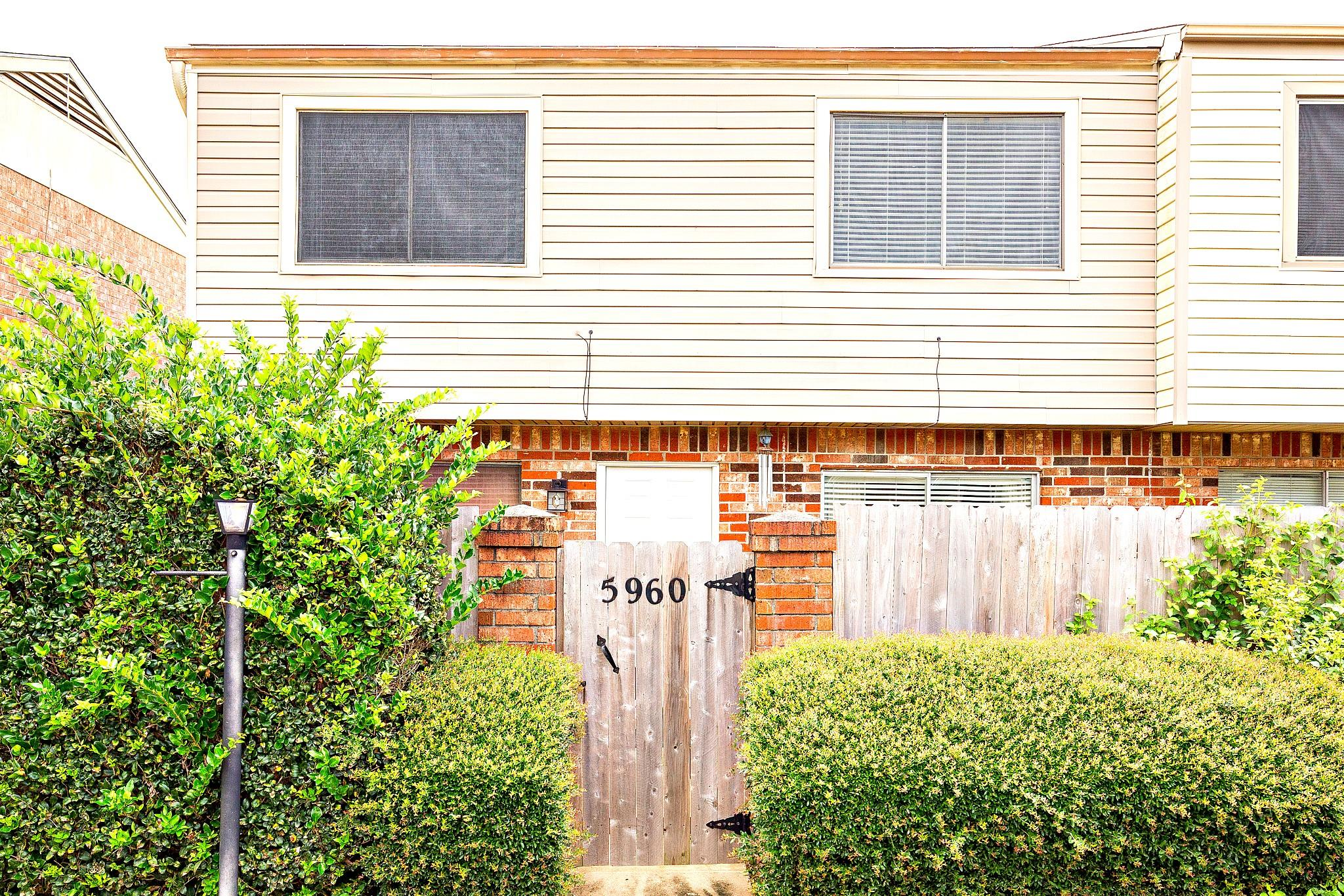 5960 Fairmeadow Street Property Photo