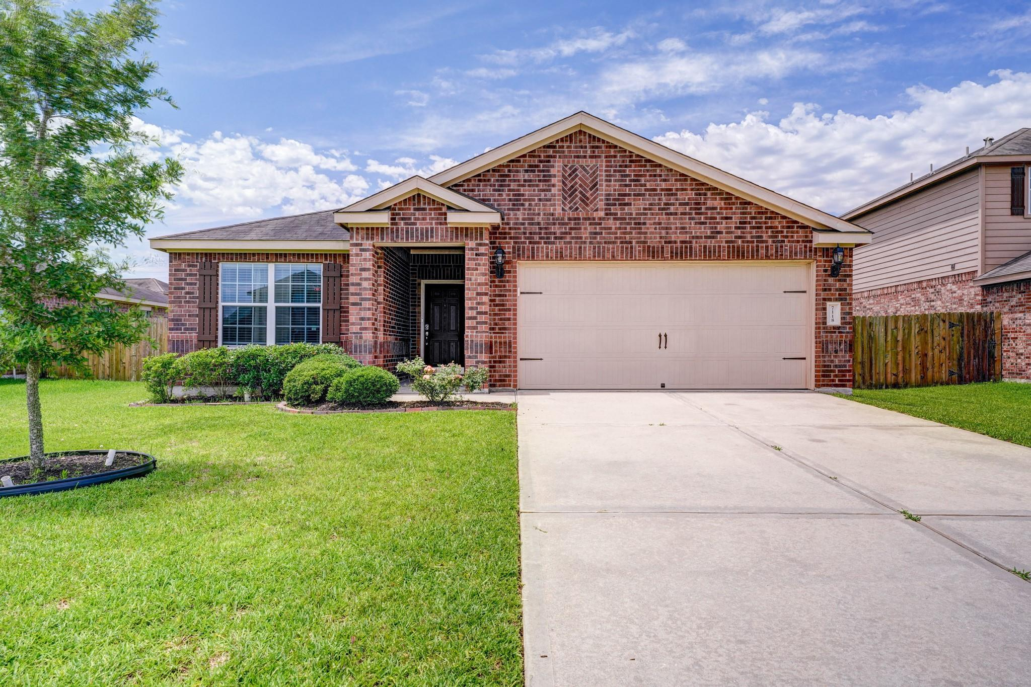 7118 Millford Hill Court Property Photo 1