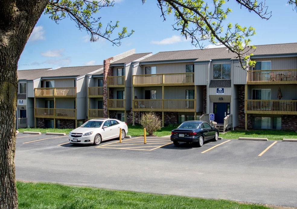 11829 Amerado Boulevard, Bellevue, NE 68123 - Bellevue, NE real estate listing