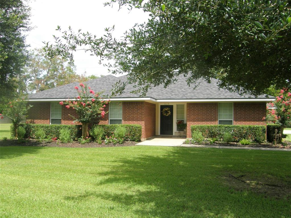 1614 Wagon Road Property Photo - Simonton, TX real estate listing