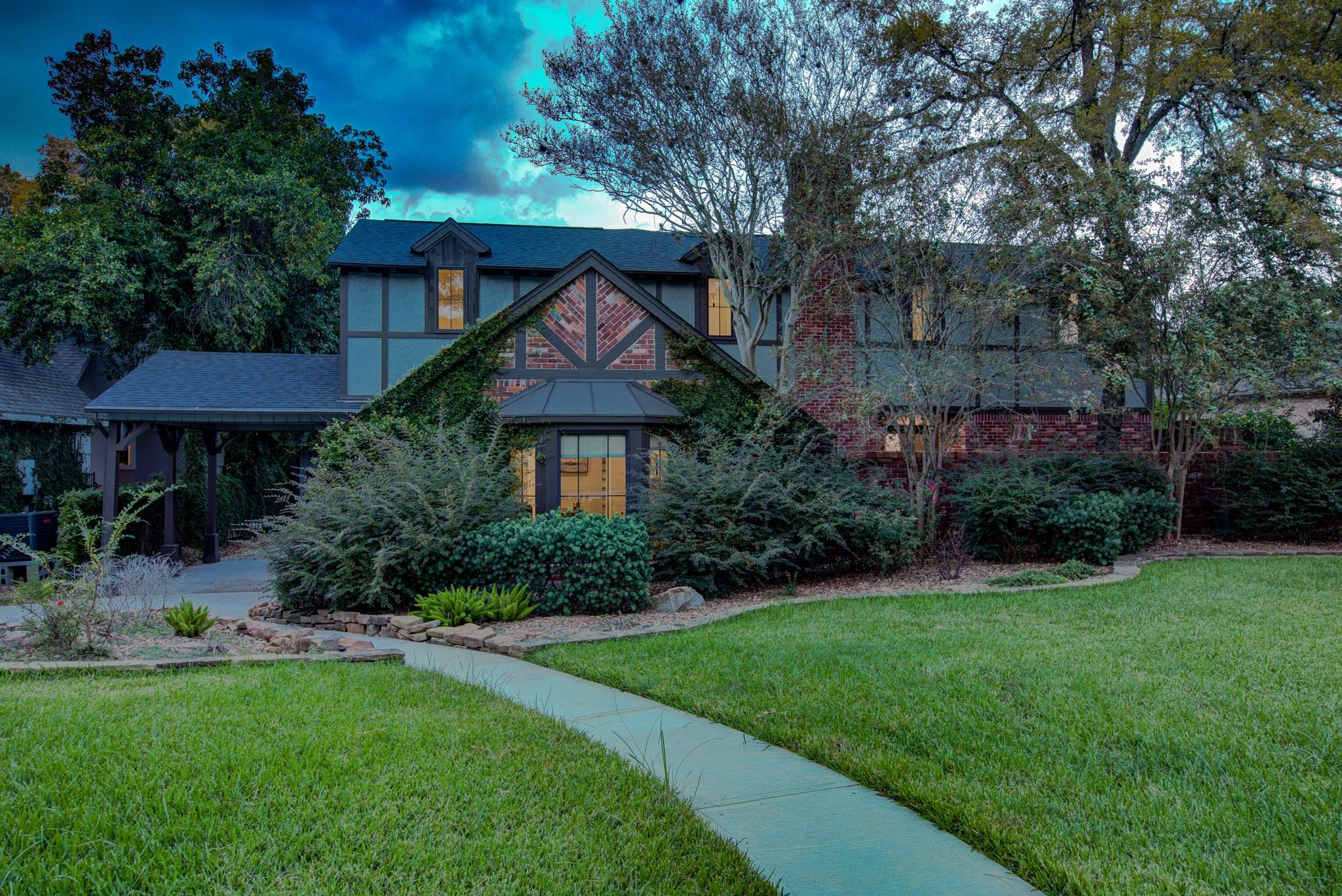 10910 Cranbrook Road Property Photo - Houston, TX real estate listing