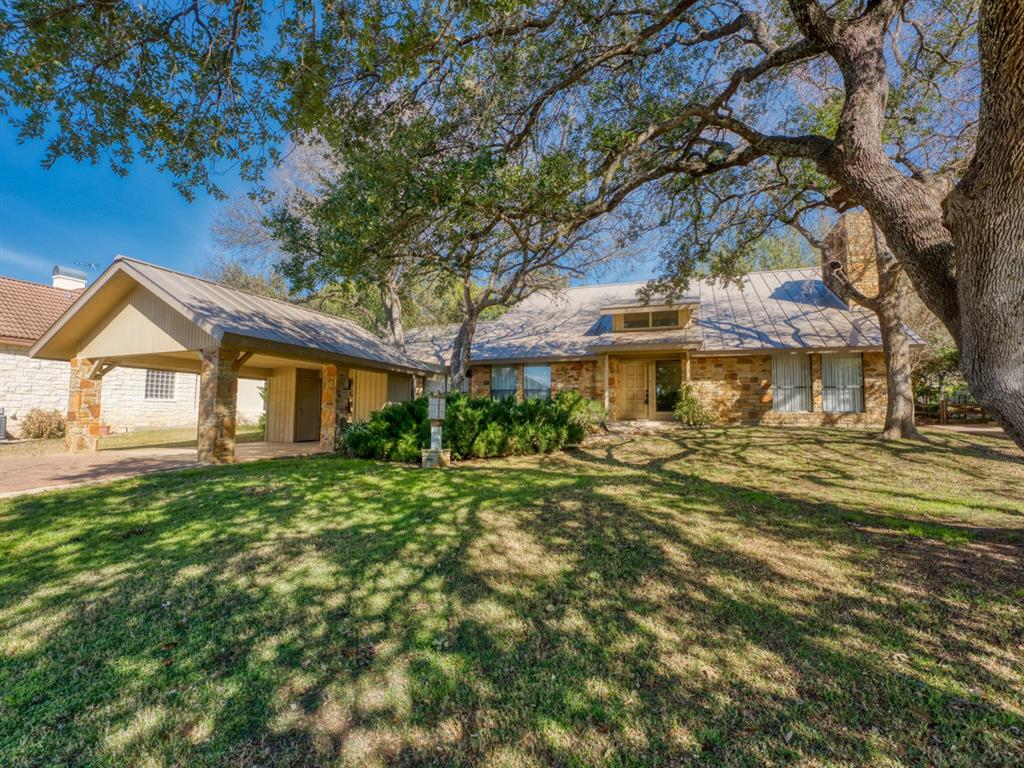 207 Lasso, Horseshoe Bay, TX 78657 - Horseshoe Bay, TX real estate listing