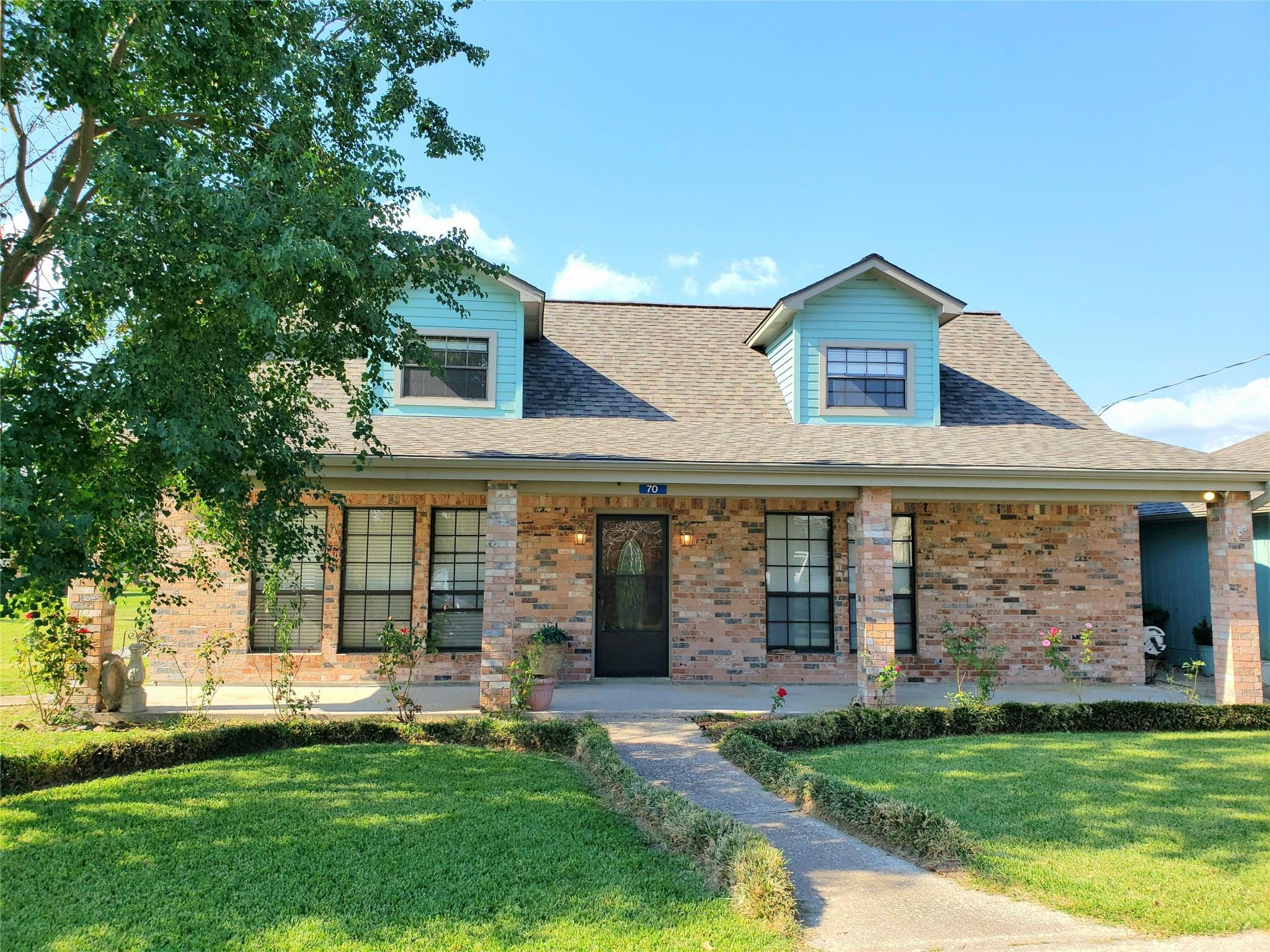70 Hillcrest Street Property Photo - Point Blank, TX real estate listing