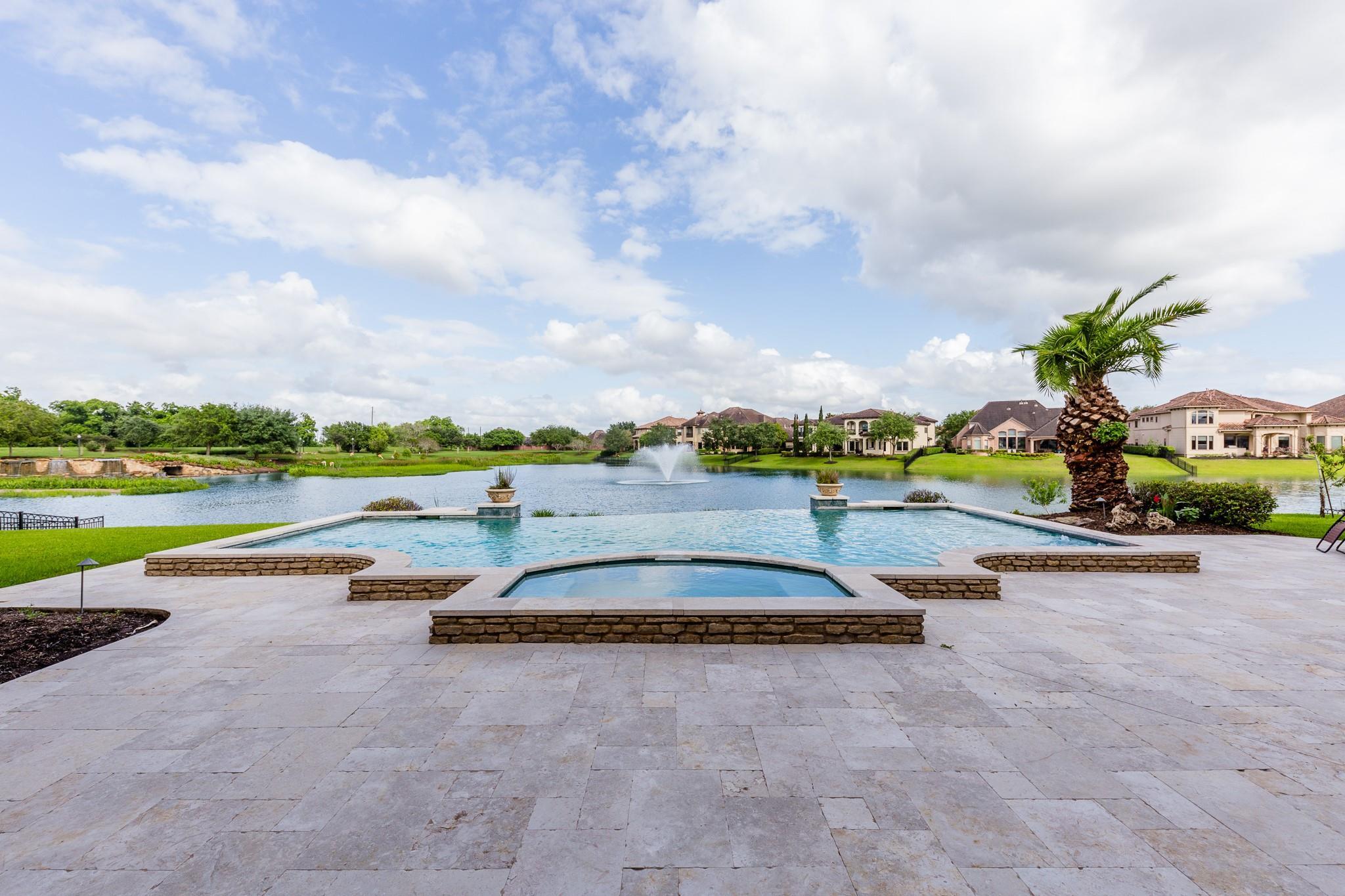 28 Miramar Heights Circle Property Photo