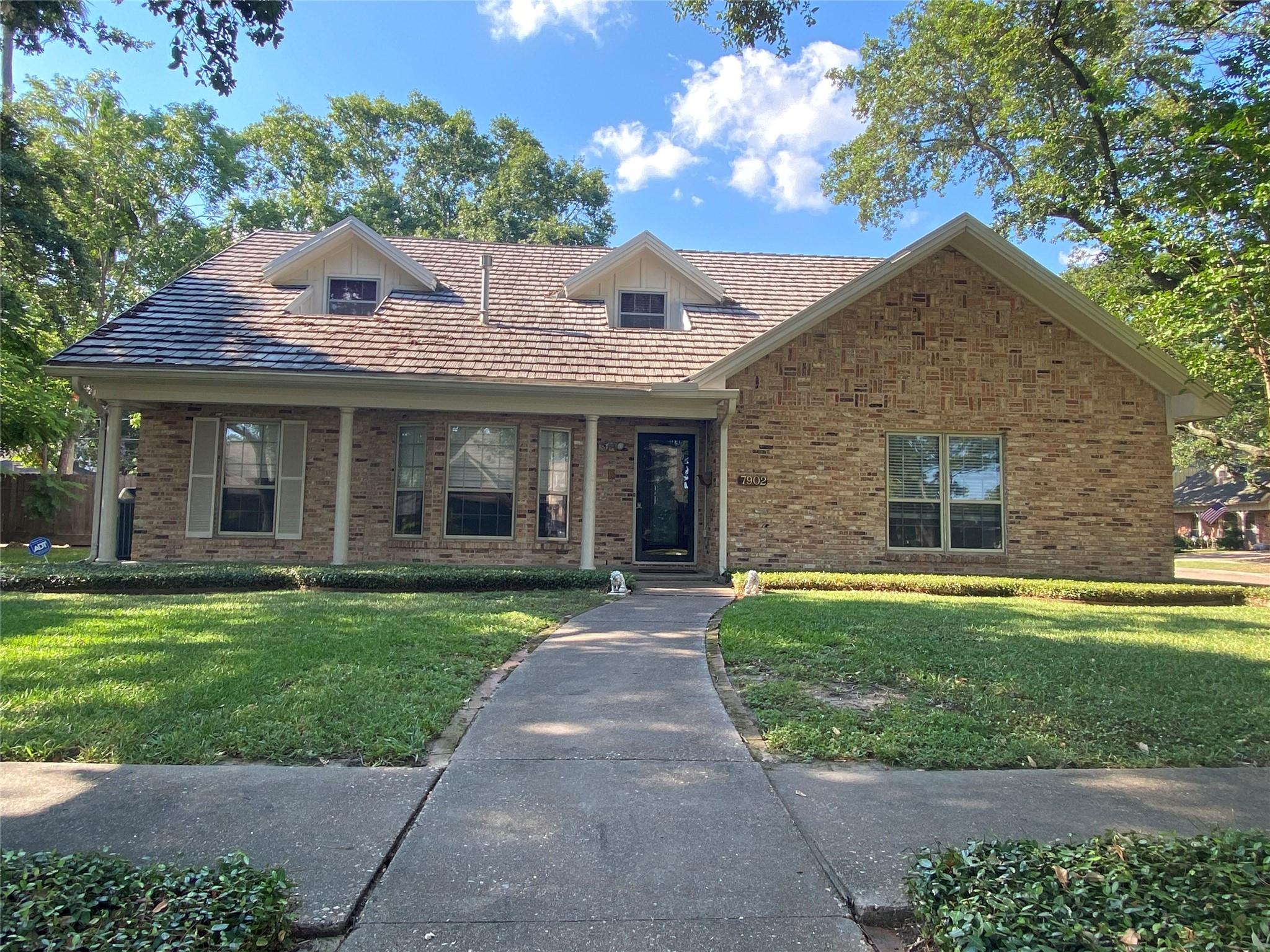 7902 Roos Road Property Photo - Houston, TX real estate listing