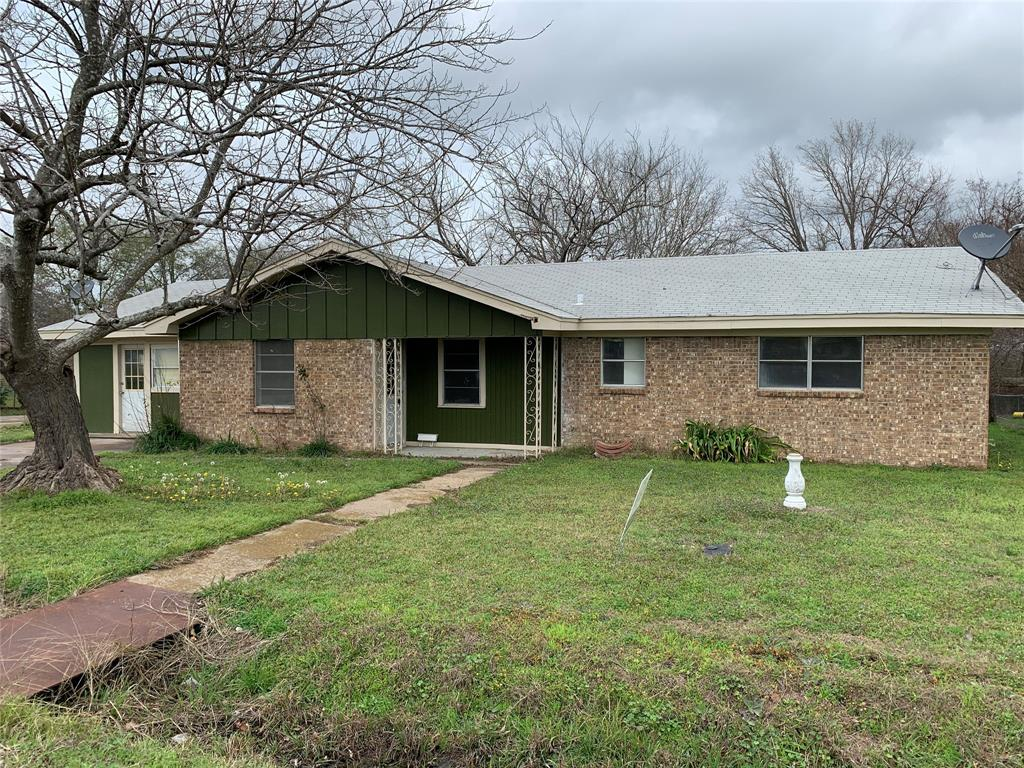 809 W Angeline Street Property Photo - Groesbeck, TX real estate listing