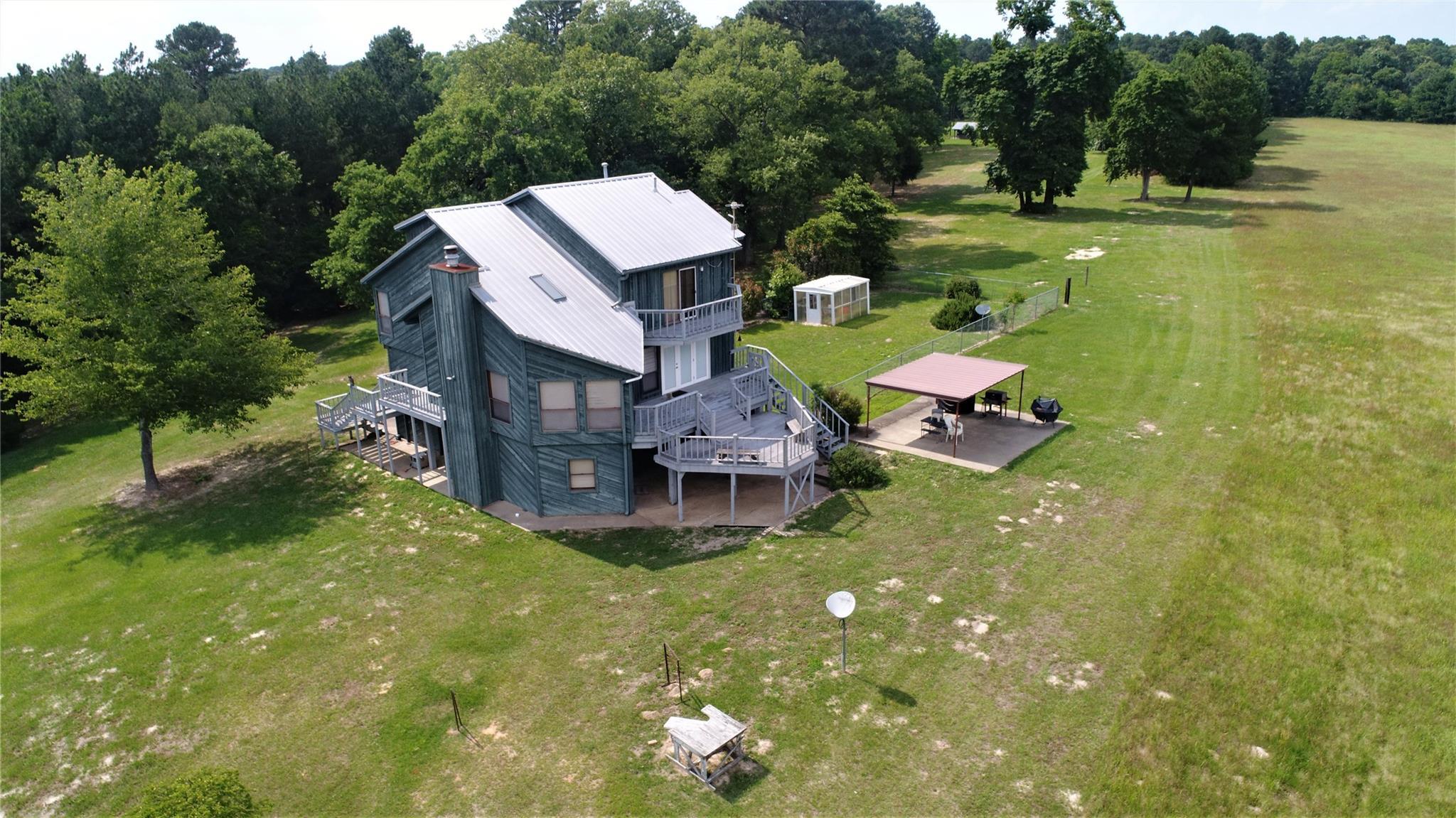 2823 CR 2320 Property Photo - Grapeland, TX real estate listing
