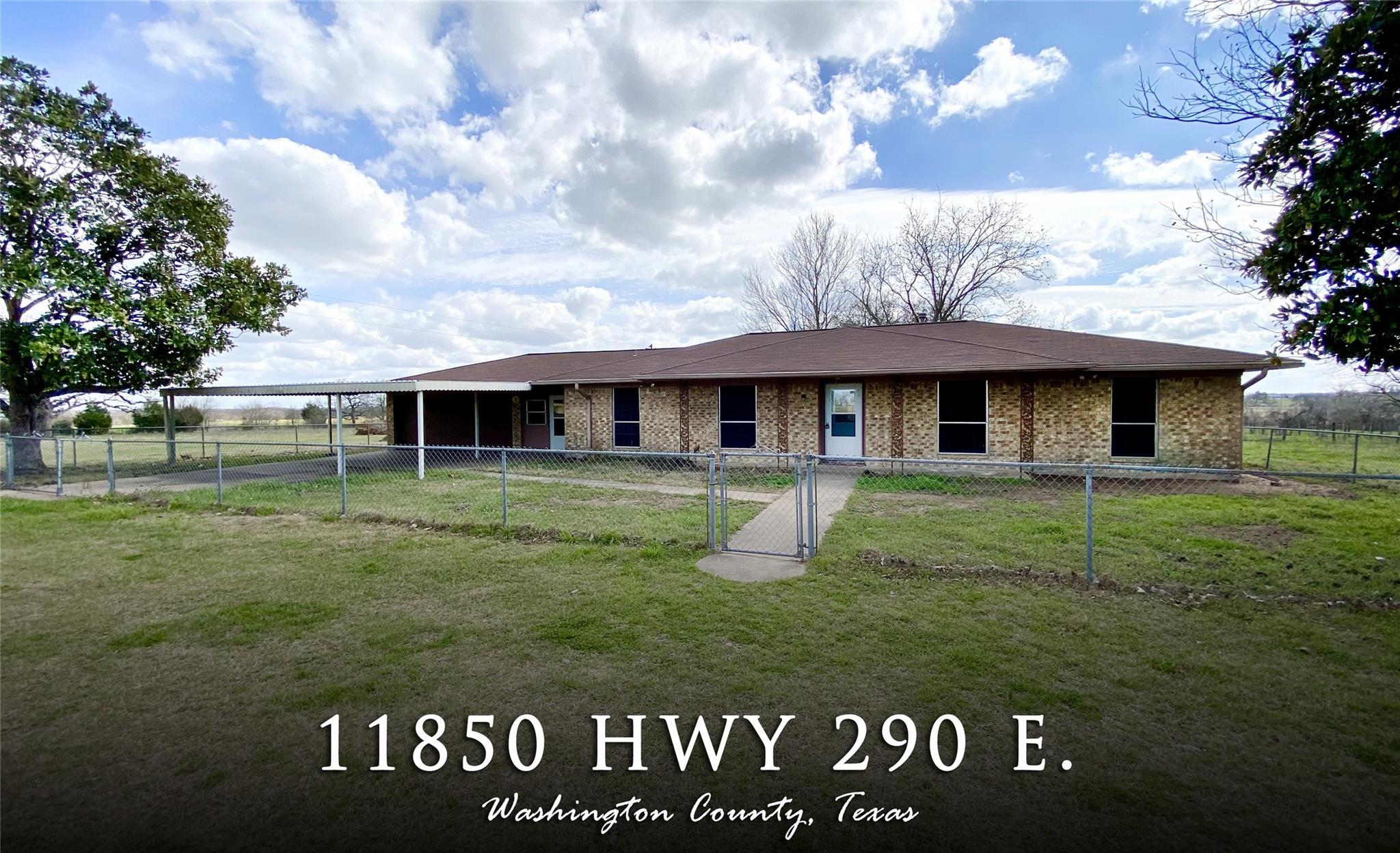 11850 Highway 290 E Property Photo 1