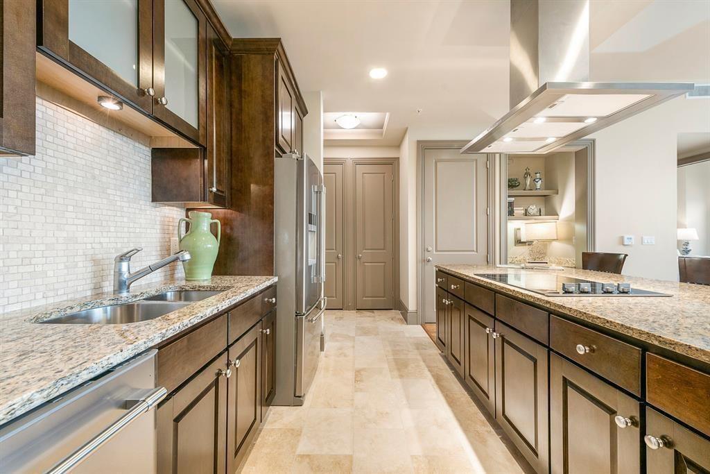 7 RIVERWAY Drive #1202 Property Photo - Houston, TX real estate listing