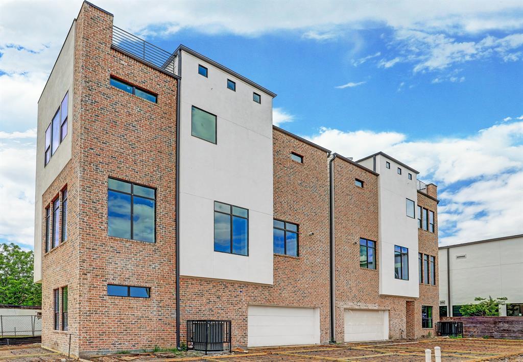 1510 Saulnier Street #B, Houston, TX 77019 - Houston, TX real estate listing