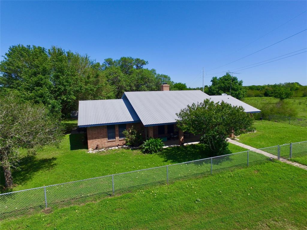1018 County Road 322 Property Photo - Yoakum, TX real estate listing
