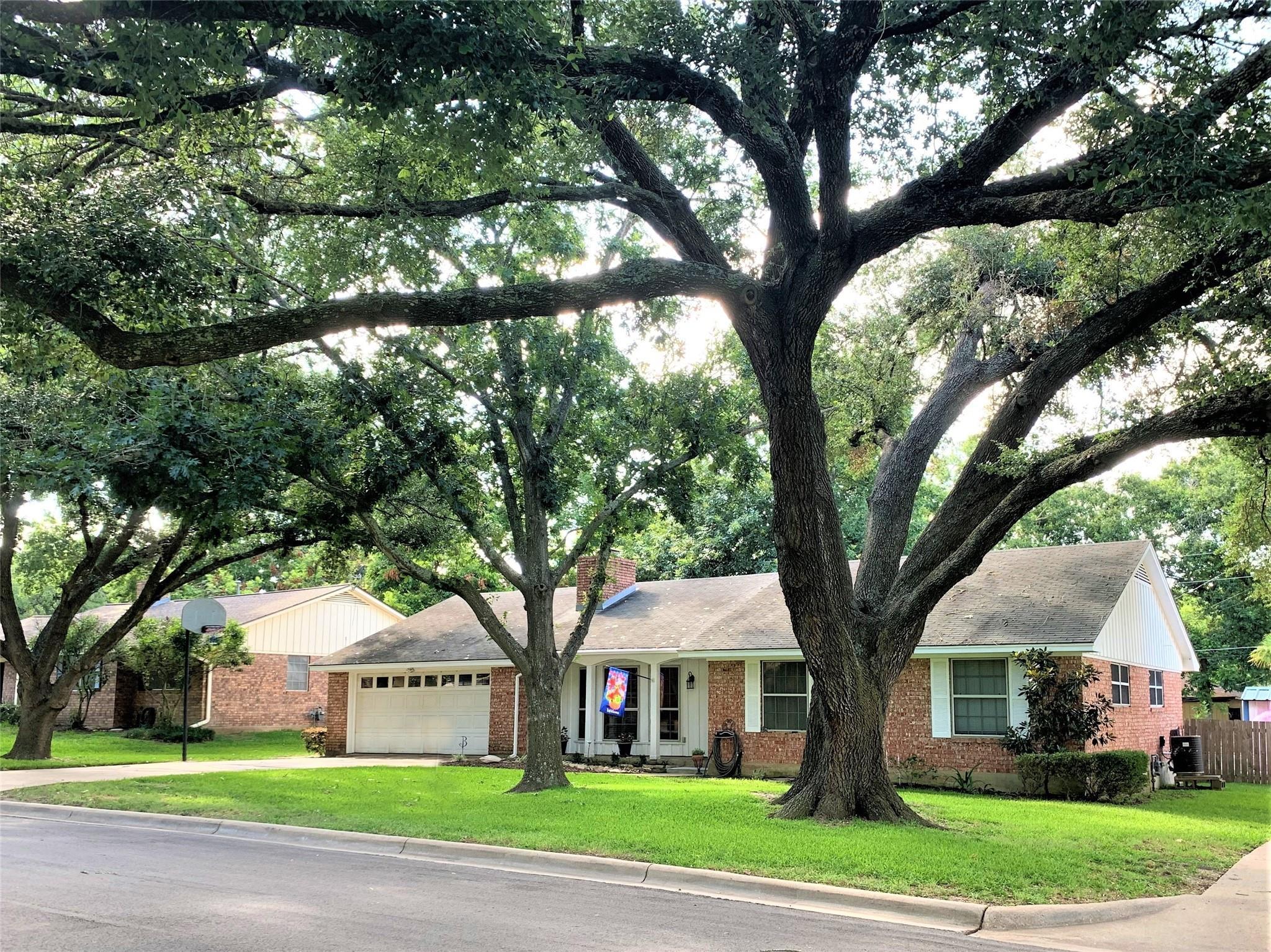 604 Tison Street Property Photo 1