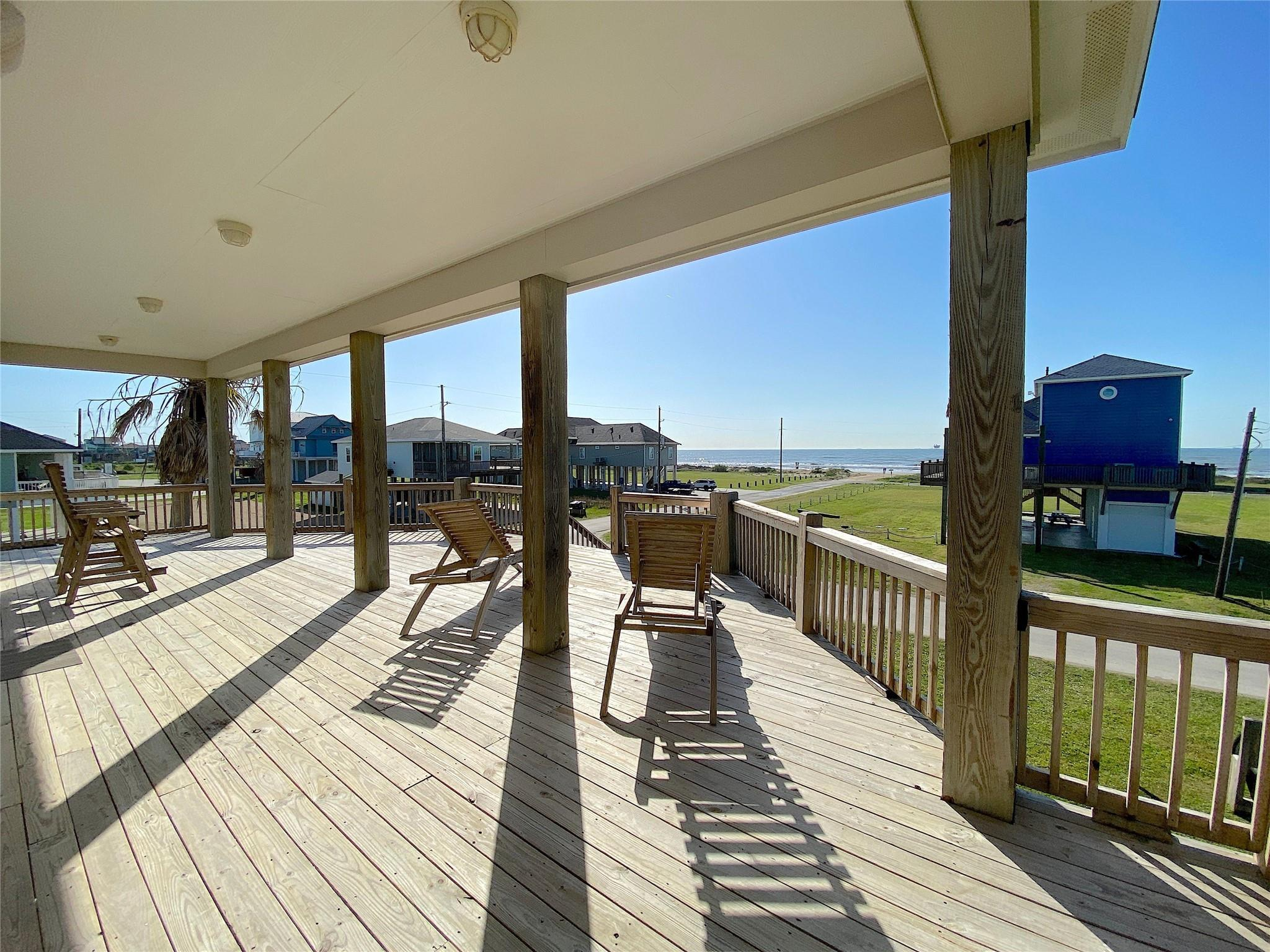 847 East Road Property Photo - Crystal Beach, TX real estate listing