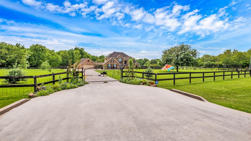 16910 Dewberry, Rosharon, TX 77583 - Rosharon, TX real estate listing