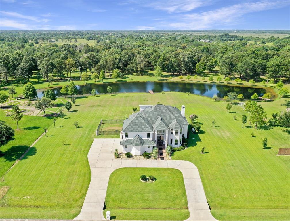 7102 S Oak Avenue, Dickinson, TX 77539 - Dickinson, TX real estate listing