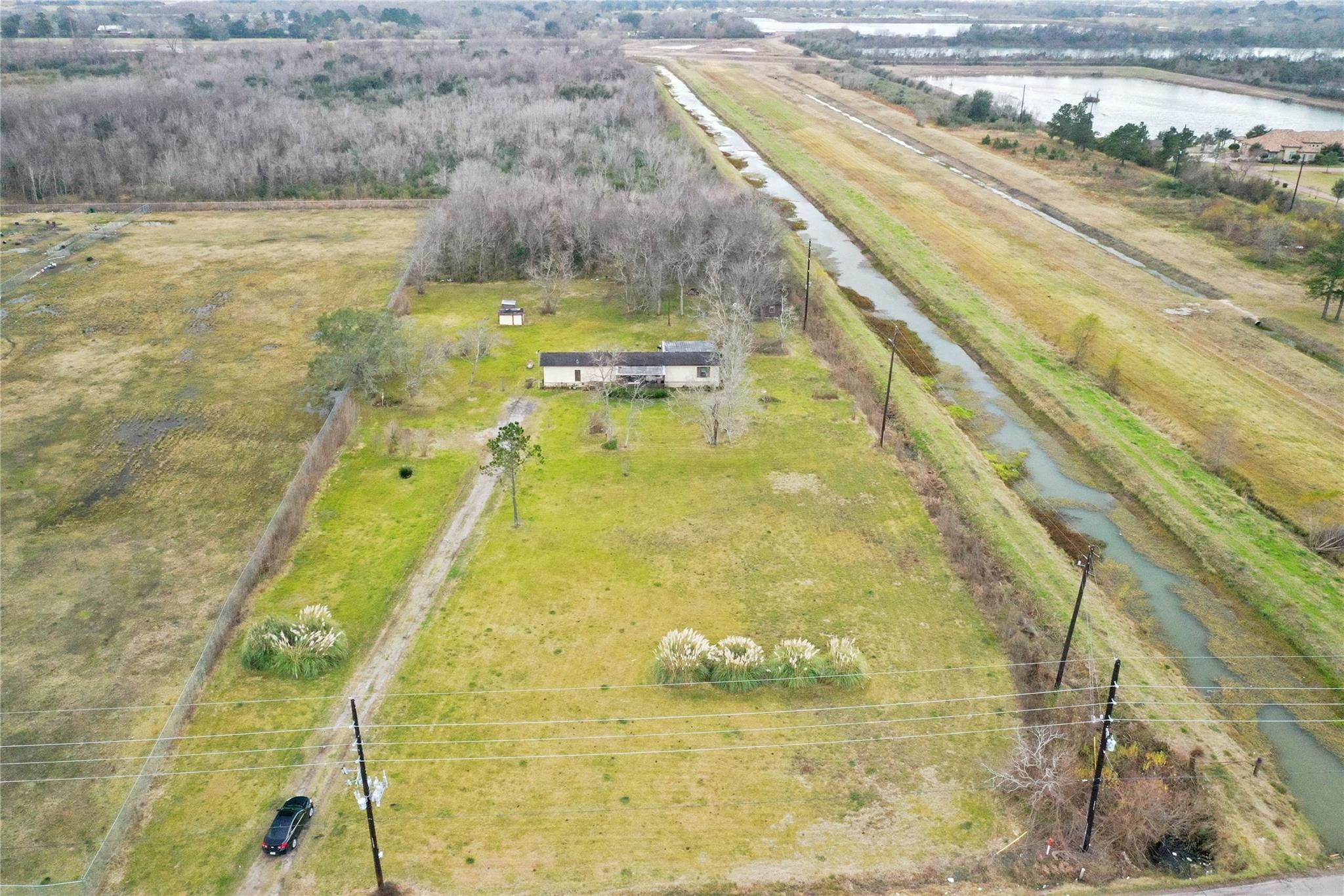 13016 Magnolia Parkway Property Photo - Rosharon, TX real estate listing