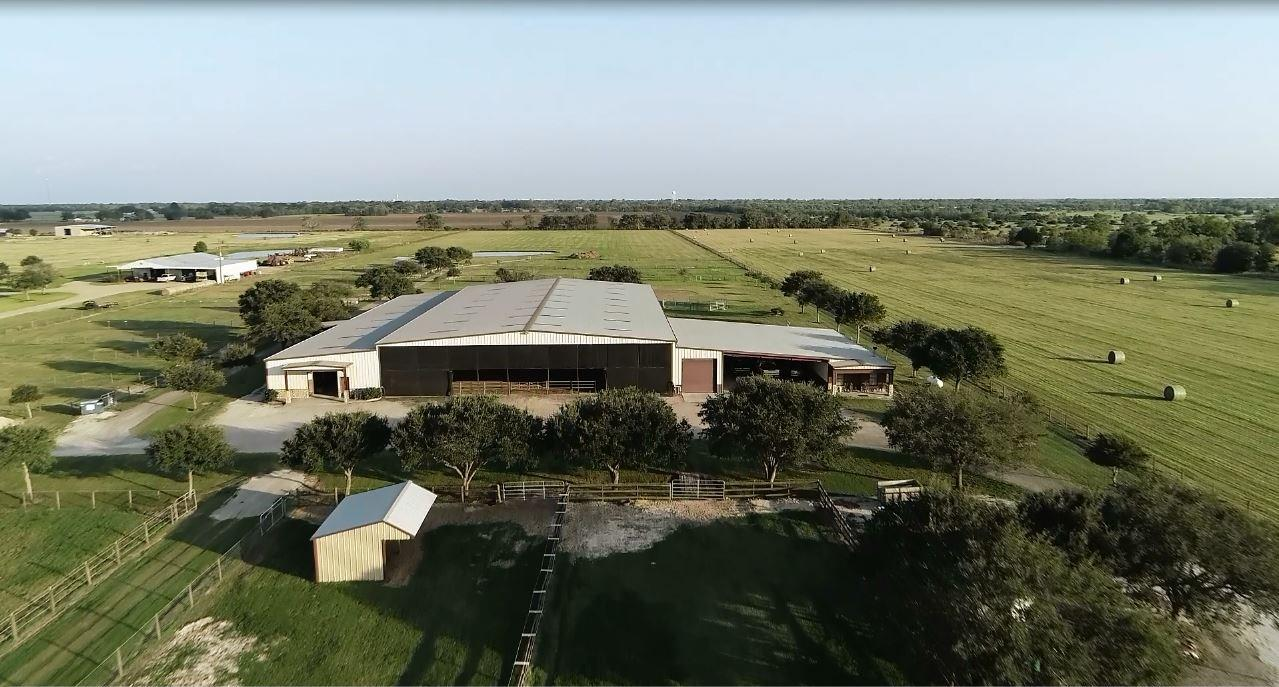 9335 Williams School Road Property Photo - Needville, TX real estate listing