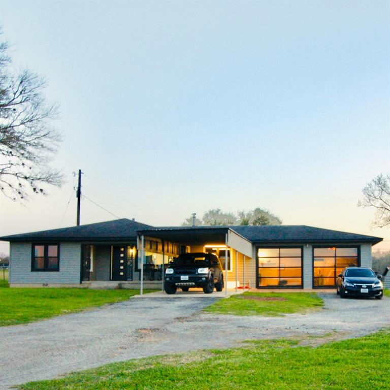 7281 US Highway 90a W Property Photo - Shiner, TX real estate listing