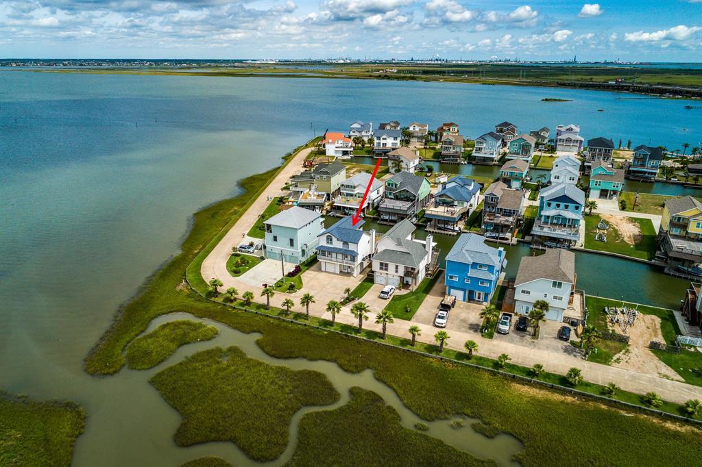 430 Windward Way, Tiki Island, TX 77554 - Tiki Island, TX real estate listing
