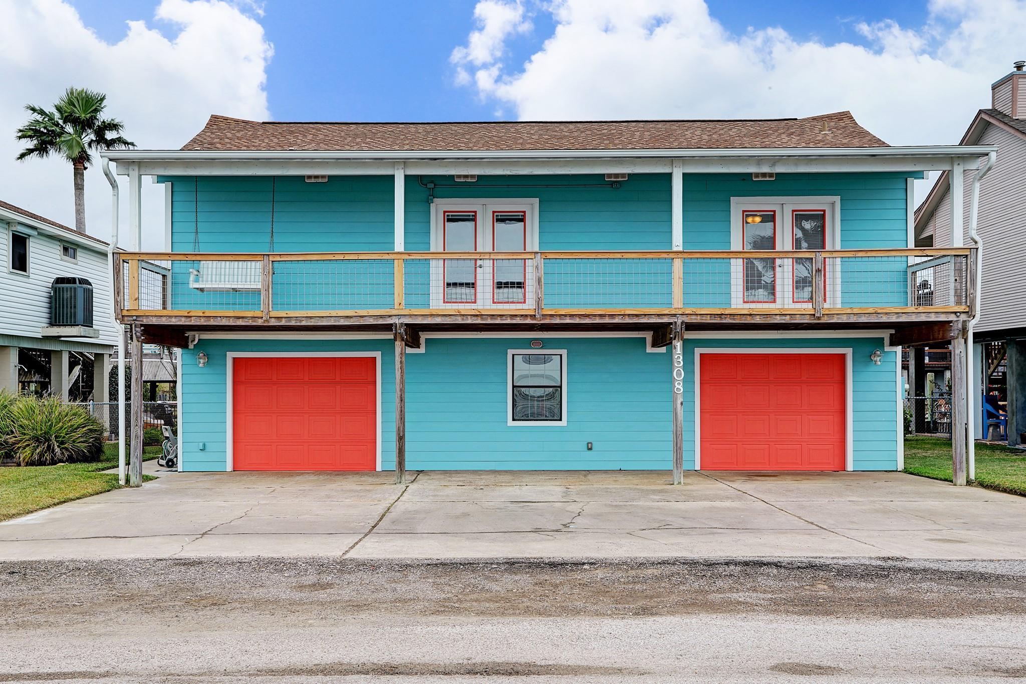 1308 Blue Heron Street Property Photo - Bayou Vista, TX real estate listing