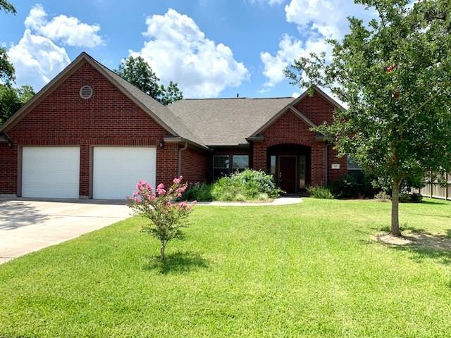 103 Blue Jay Drive Property Photo - Richwood, TX real estate listing