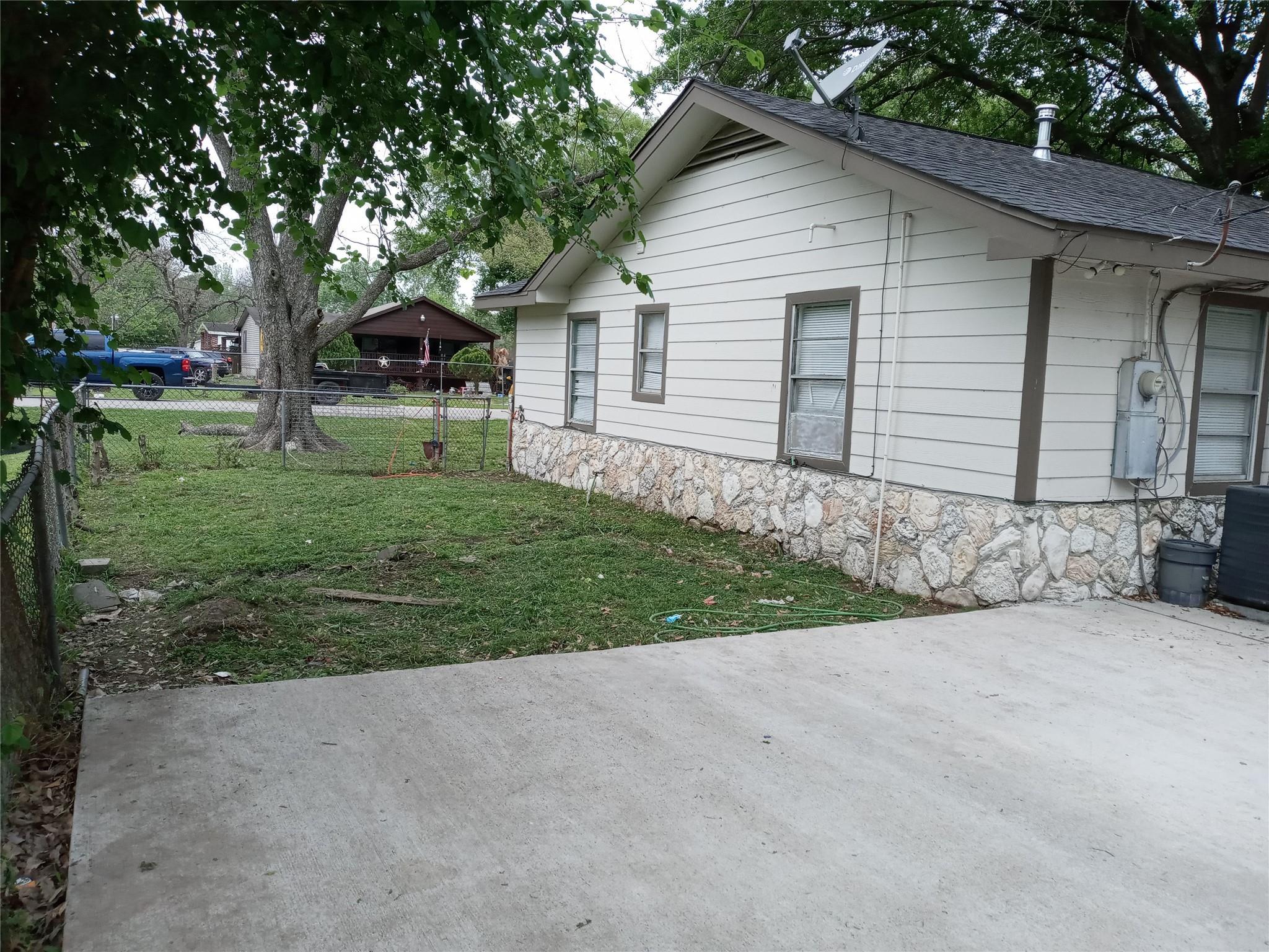14202 Burtcliff Street Property Photo