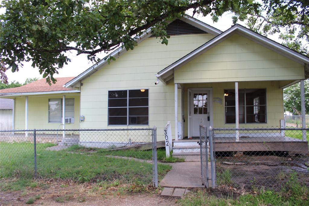 302 Southern Oaks Drive, Somerville, TX 77879 - Somerville, TX real estate listing