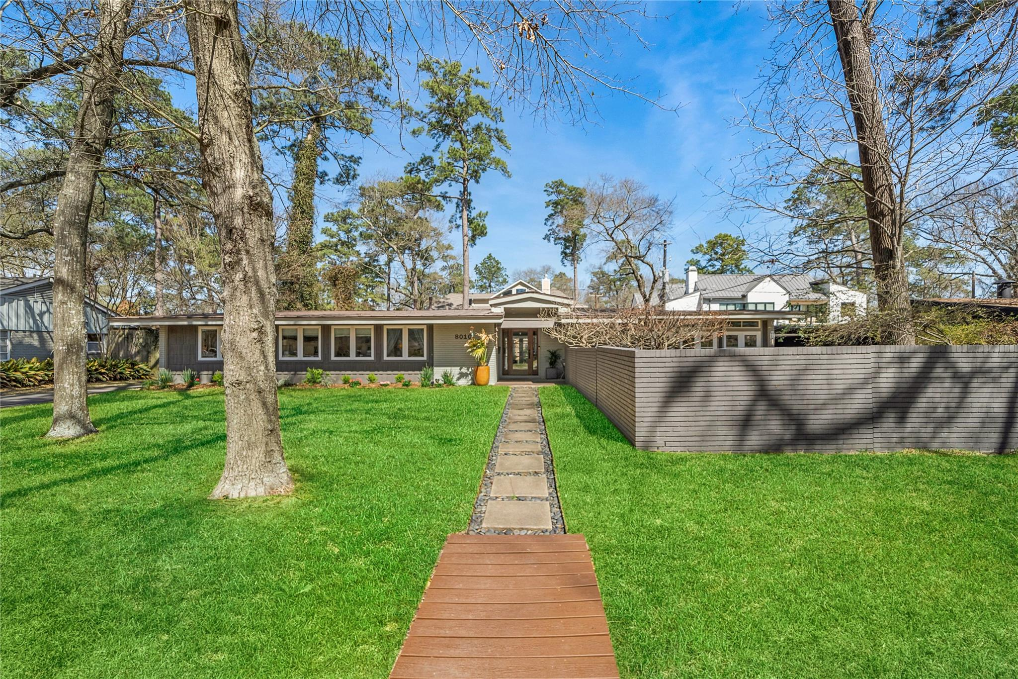 8010 Anadell Street Property Photo - Hilshire Village, TX real estate listing