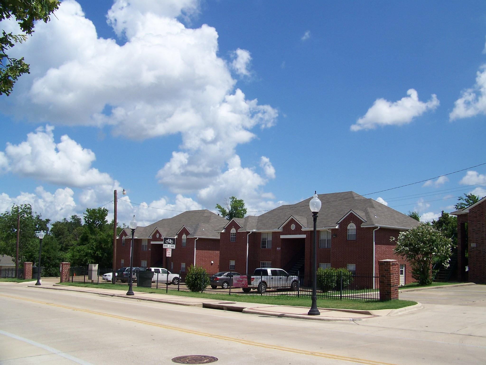 3801 College Main Street #A-D Property Photo - Bryan, TX real estate listing