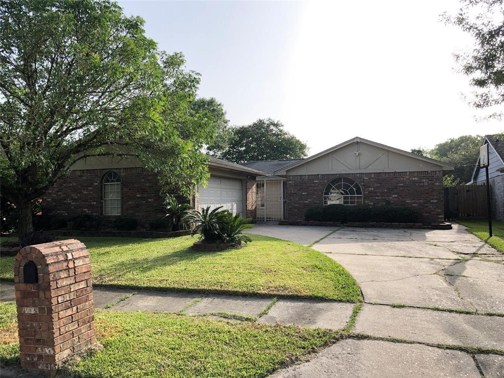 1515 Leadenhall Circle Property Photo - Channelview, TX real estate listing