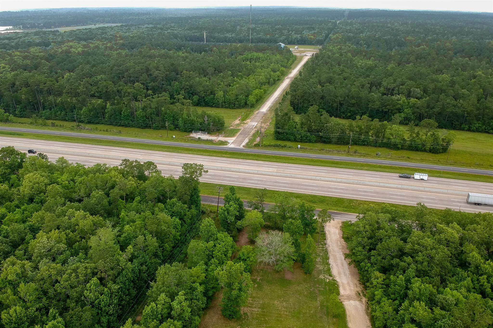 23602 Interstate 10 Property Photo