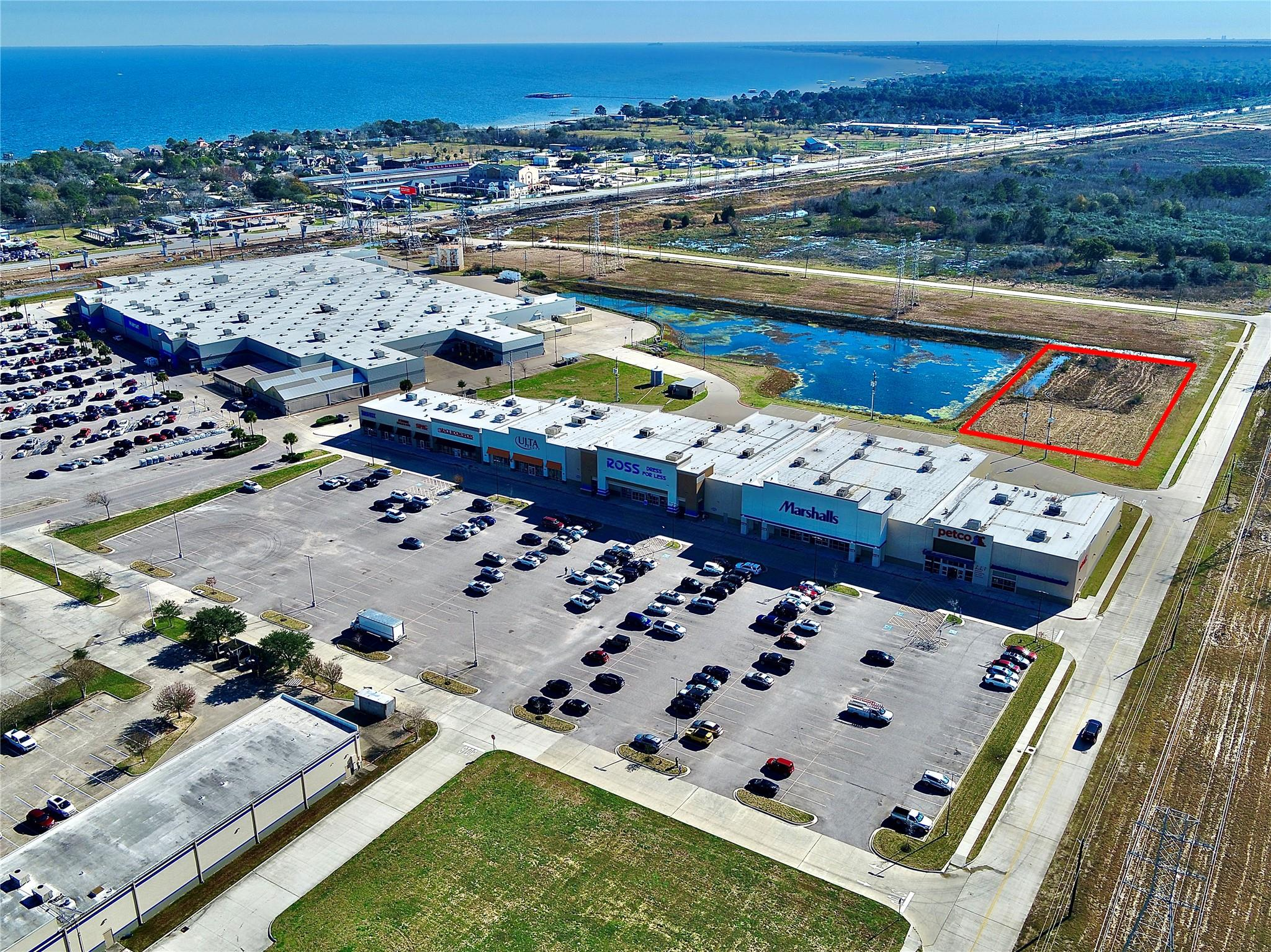 0 Evergreen Memorial Parkway Property Photo - Kemah, TX real estate listing