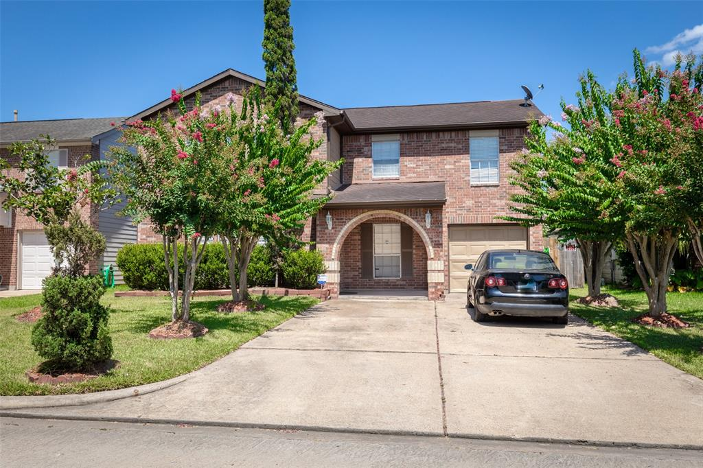 12731 Golden Brook Drive Property Photo - Houston, TX real estate listing