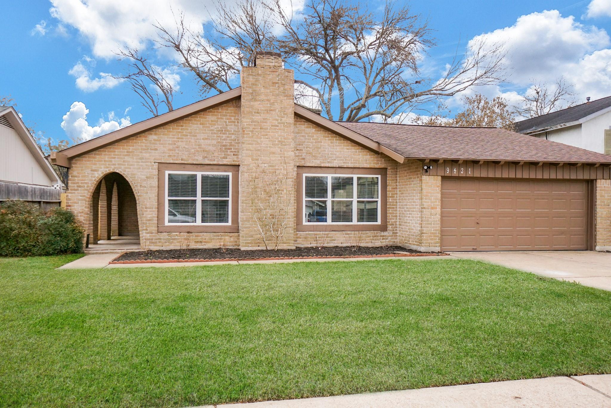 9431 Benning Drive Property Photo - Houston, TX real estate listing