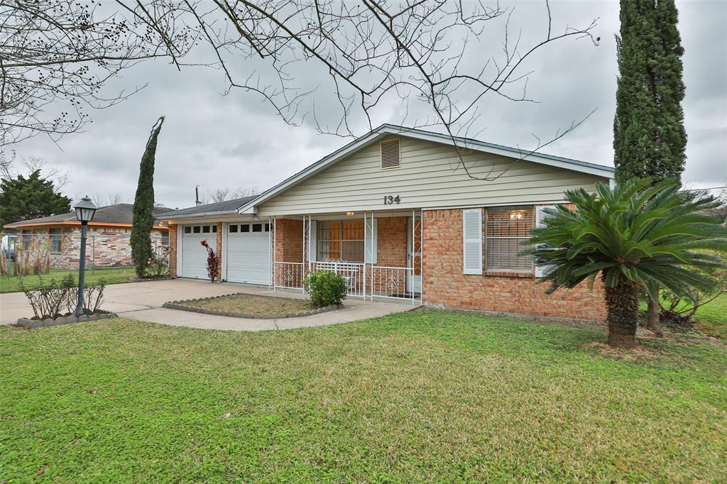 134 Memory Lane, Houston, TX 77037 - Houston, TX real estate listing