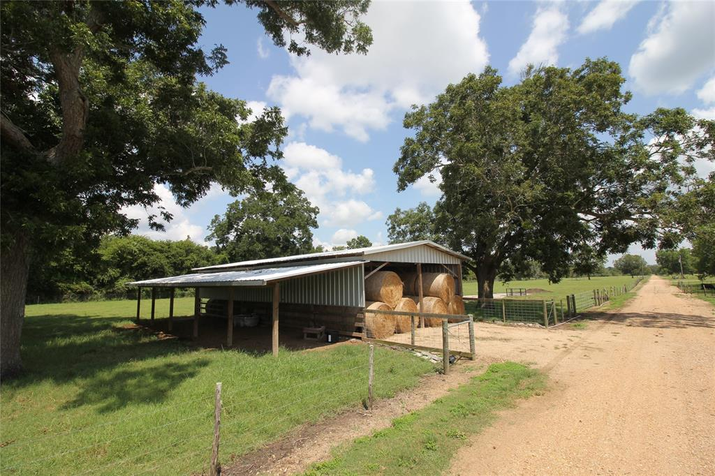 00 Sparks Property Photo - Boling, TX real estate listing