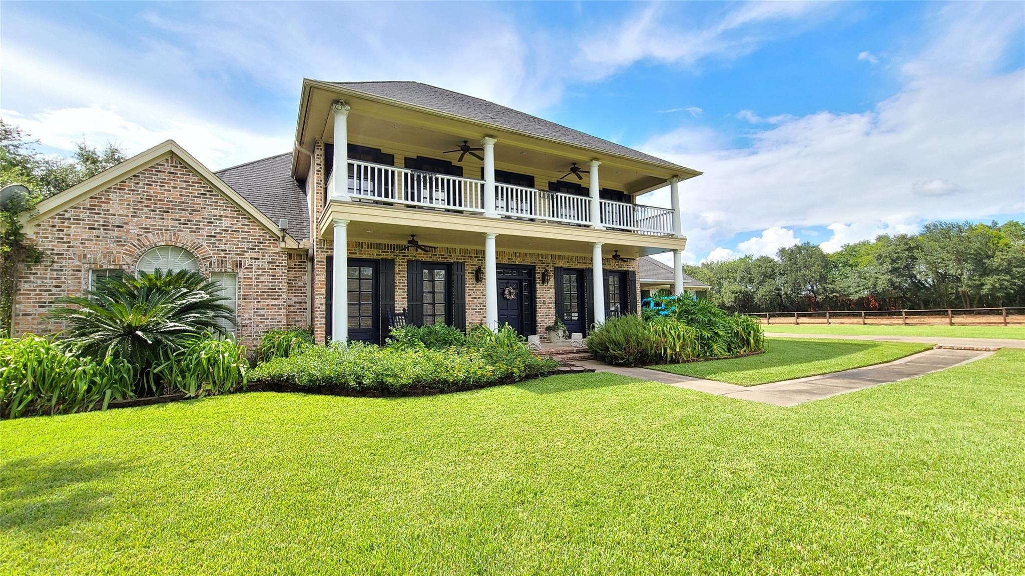 2454 S Pine Island Road Property Photo - Beaumont, TX real estate listing
